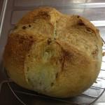 クルミのカンパーニュ(手作りパンの記録を再開)