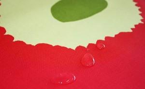 マリメッコのテーブルクロスの撥水加工