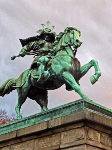 楠正成公の銅像
