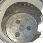 洗濯機の臭いの原因は黒カビじゃなかった! 効果的な臭い対策