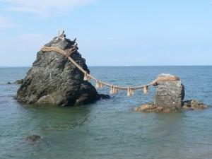 三重の夫婦岩