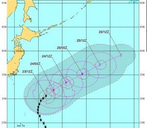 米軍の台風16号の進路予想